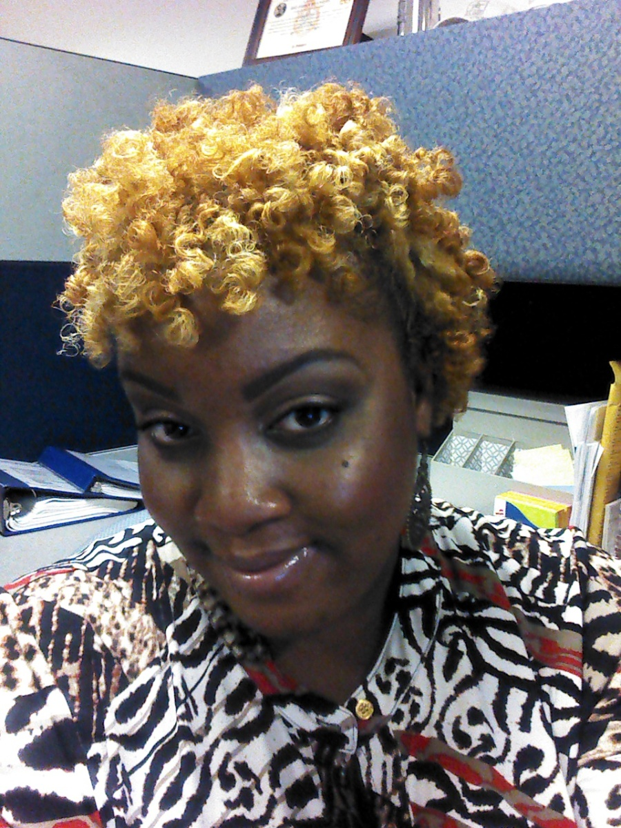 The Diary of a Natural Gal - Jamila's Friday Hair - Bantu Knot Out - Sep 21 2012