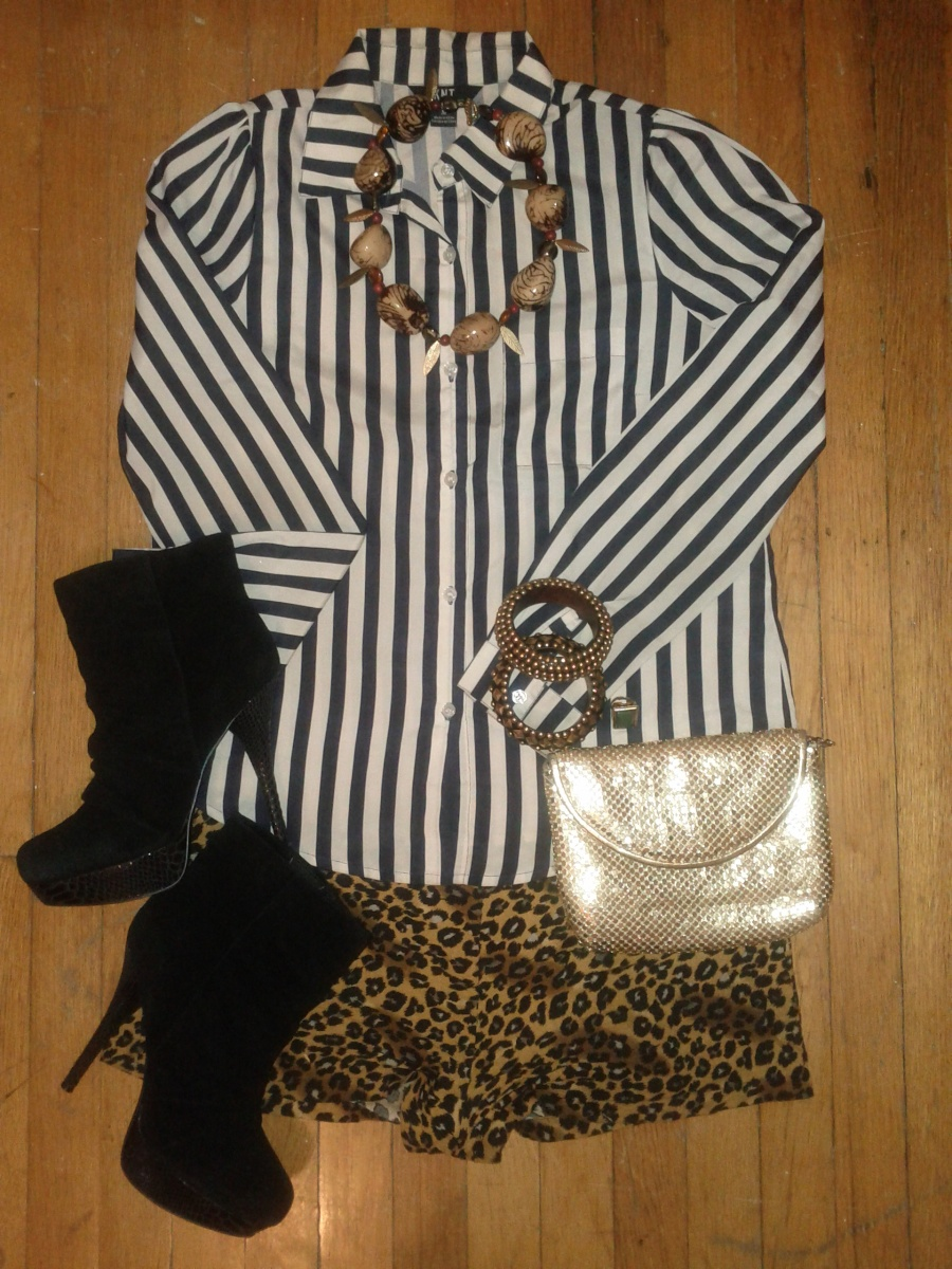 Stripe top.Leopard shorts and bangles-Urban Outfitters